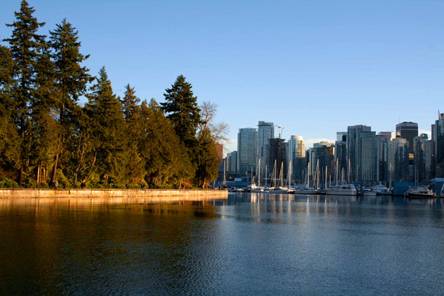Downtown Vancouver y Stanley Park. British Columbia, Canadá.