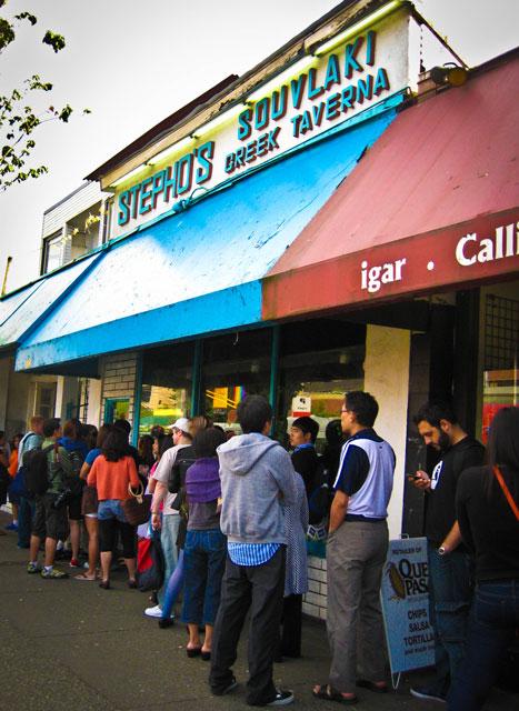 El Camino Vancouver >> Stepho's: el restaurante griego más popular de Vancouver
