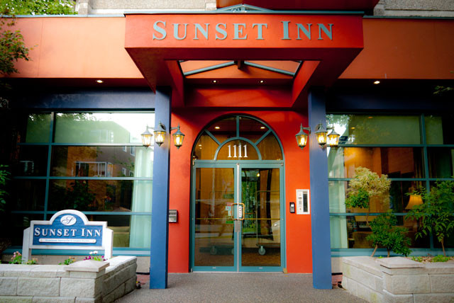 Sunset Inn & Suites Downtown Vancouver