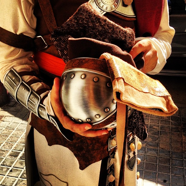 Chistian costume. Helmet. (Photo by Daniel Robles @drobles)