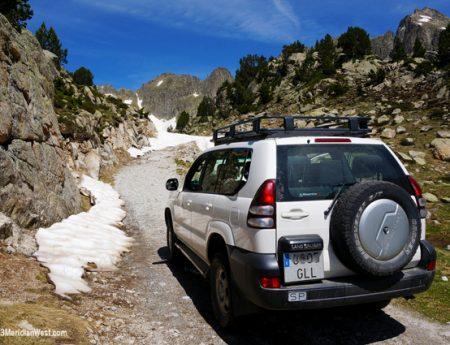 Senderismo en el Pirineo Catalán: Parque Nacional de Aigüestortes i Estany de Sant Maurici