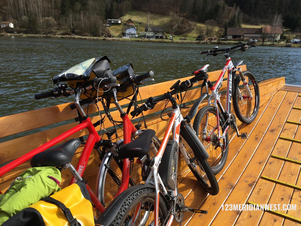 barca Danubio en bici